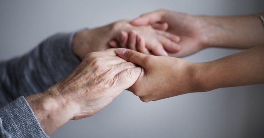 Bando per l'erogazione delle risorse per il sostegno al ruolo di cura e assistenza del caregiver familiare – Anno 2021